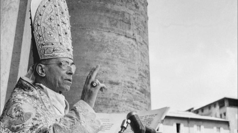De l'homogénéité promue par Pie XII au cosmopolitisme de Bergoglio