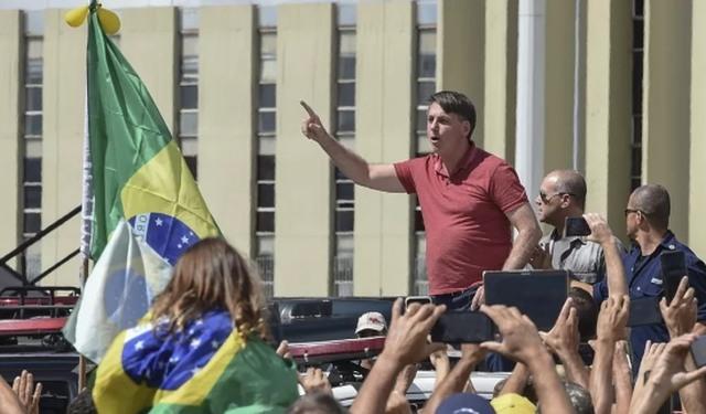 Bolsonaro : un espoir de rupture institutionnelle ? - Hilda Lefort